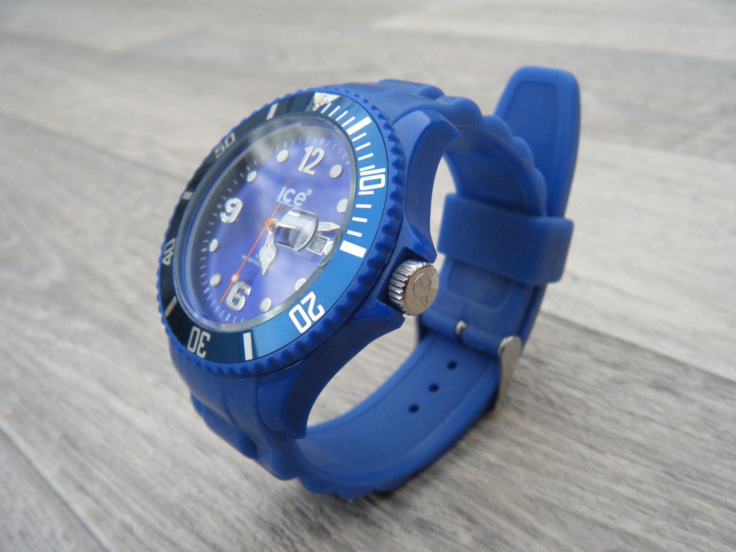 Montre ice watch homme bleu - Montre ice watch bleu turquoise ...