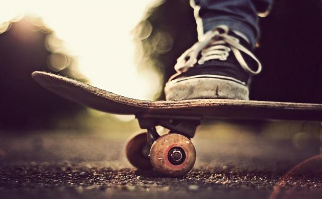 skate-skateboarding