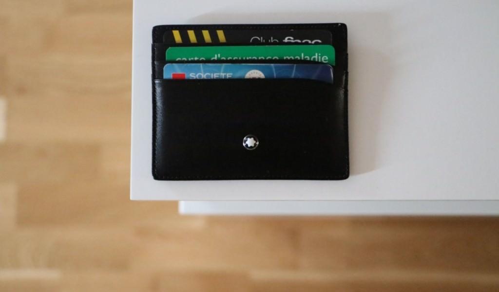 porte carte noir en cuir