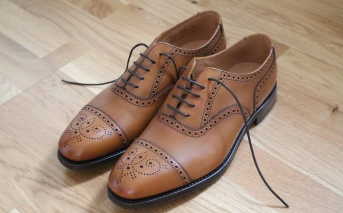 chaussures-anglaises-homme-marque