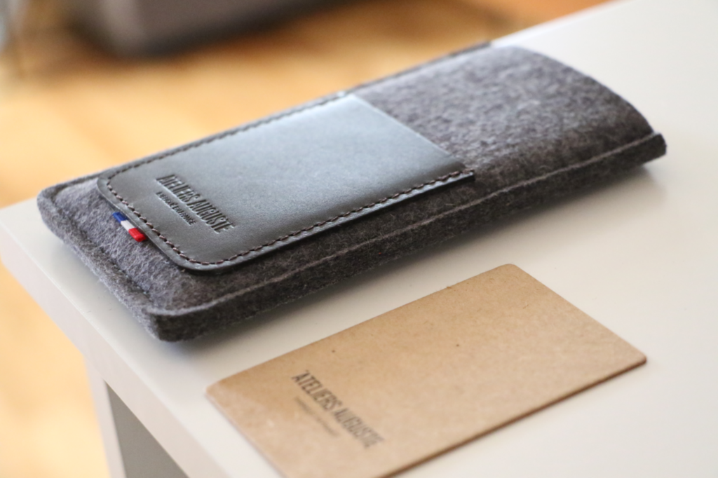 atelier-auguste-marque-accessoires-iphone-tablette
