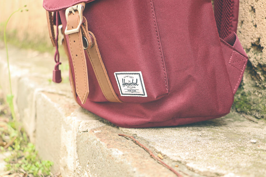 sac-herschel-middle-bordeaux-photo