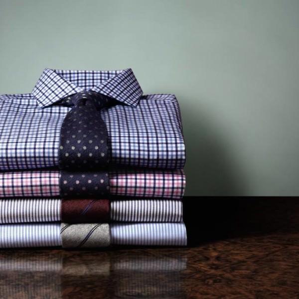 Comment porter un t shirt avec une chemise le barboteur - Comment porter une chemise transparente ...