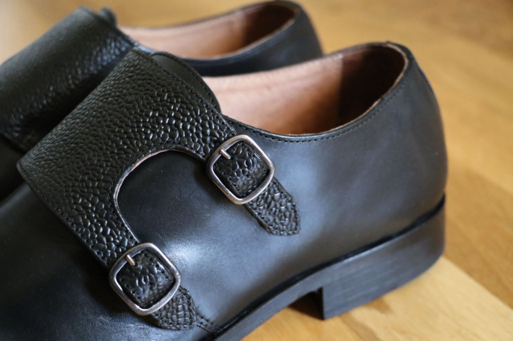 chaussures-homme-double-boucle