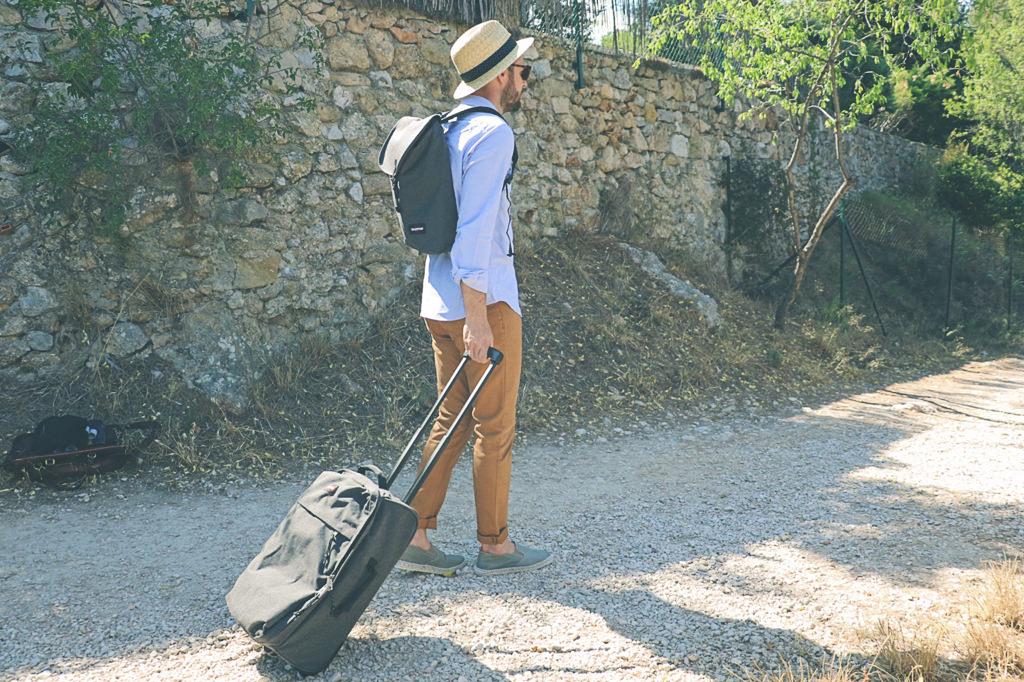 espadrilles-homme-castaner-voyage