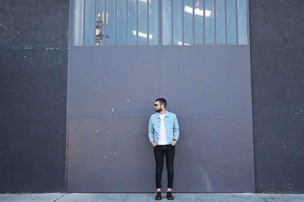 look-minimaliste-homme
