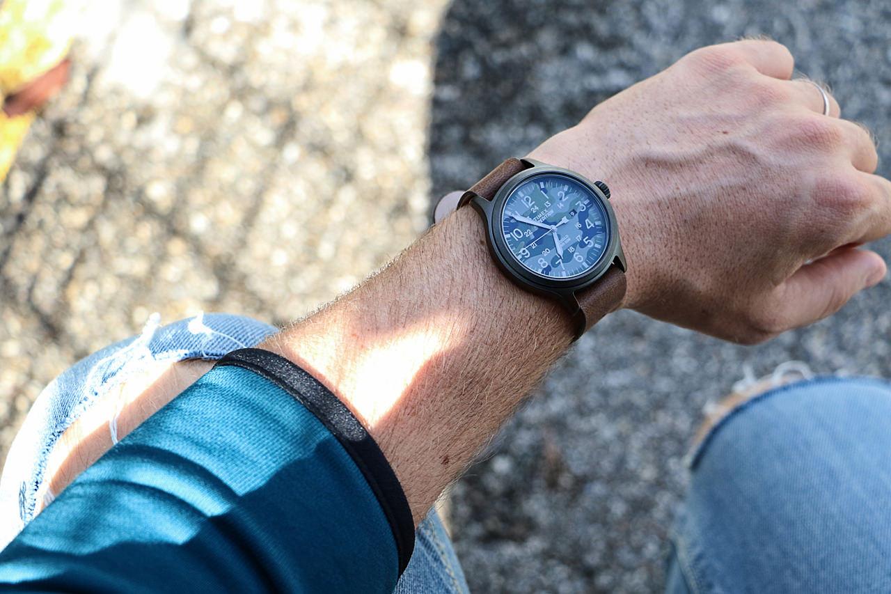 montre-kaki-timex