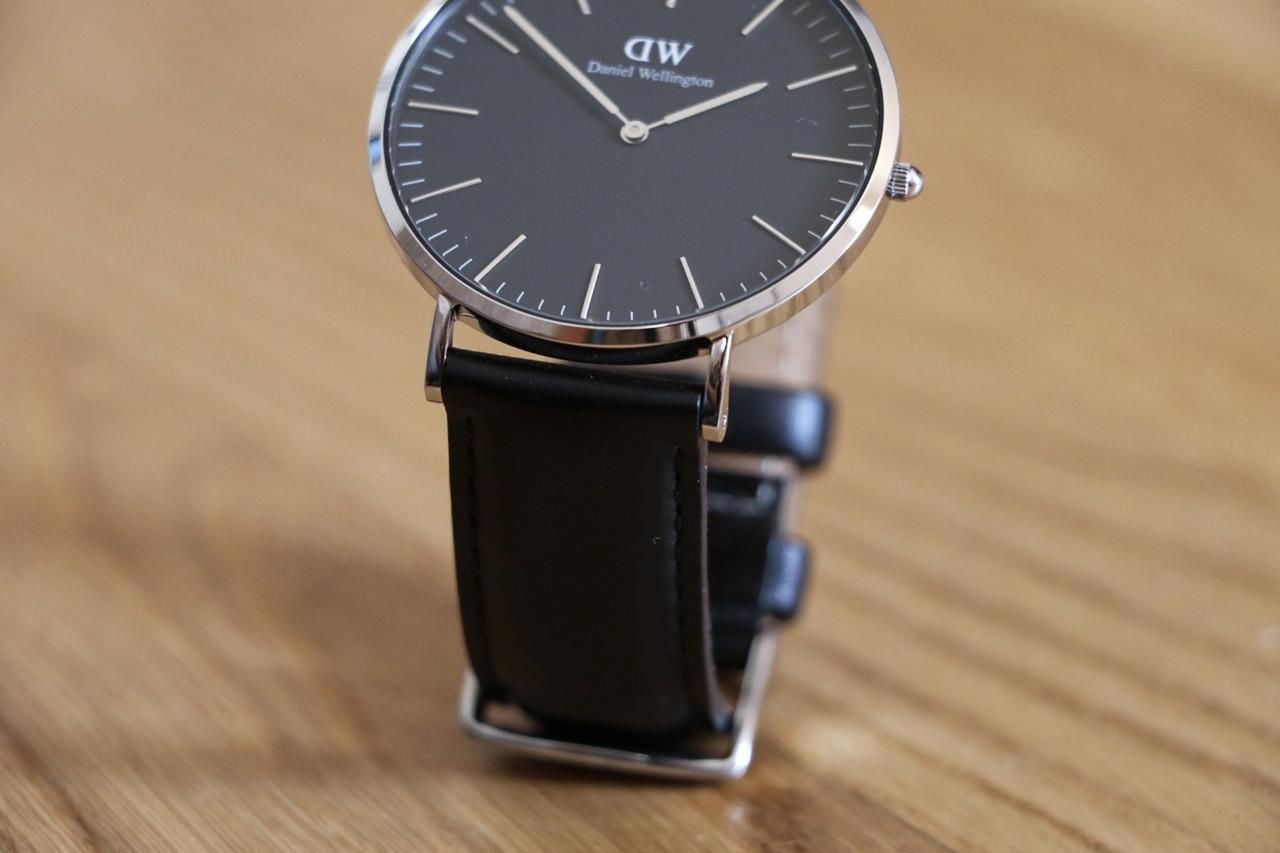 black-classic-watch
