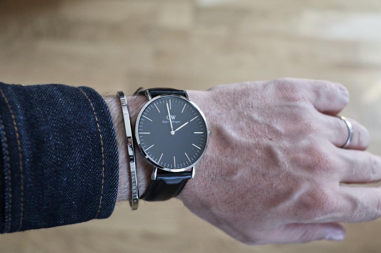 watch-daniel-wellington-black-classic