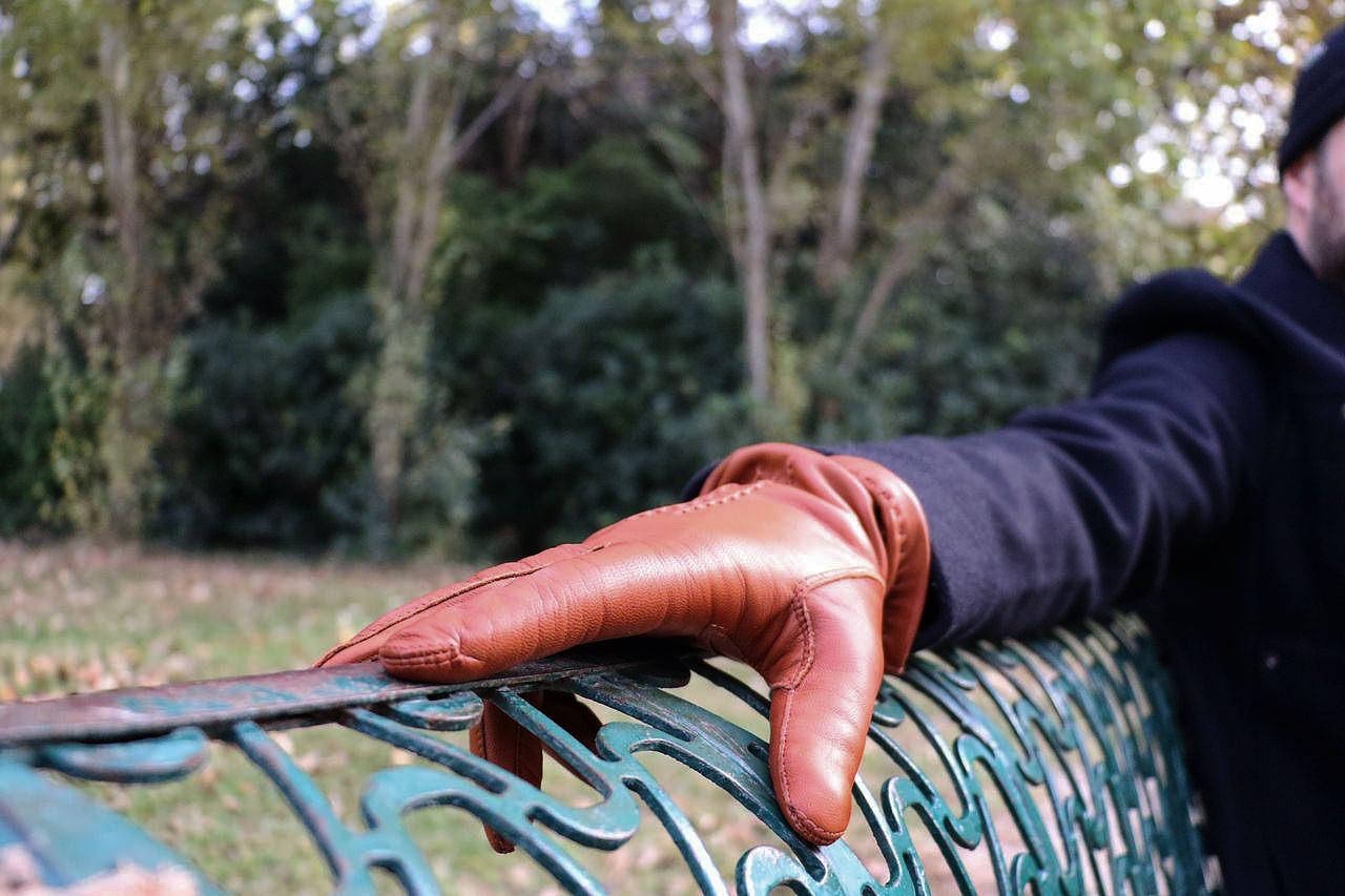 gants-en-cuir-cognac-marron