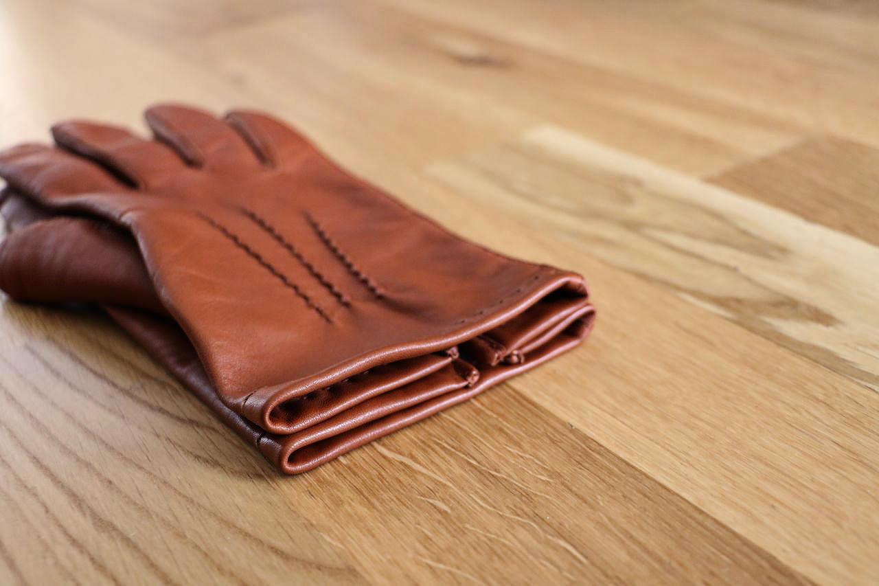gants-en-cuir-le-determine