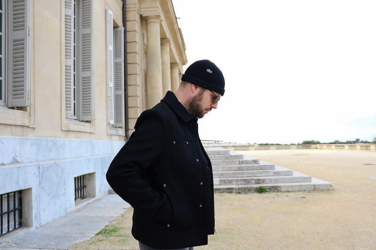 manteau-en-laine-noir