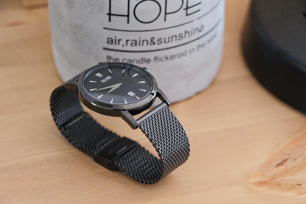 bracelet-milanais-noir