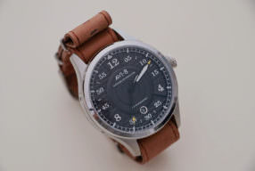 Montre AVI-8 Hawker Hurricane