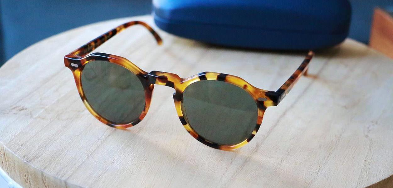 lunettes-de-soleil-ecailles-homme