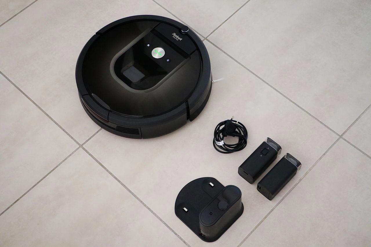 aspirateur irobot roomba 980 le barboteur. Black Bedroom Furniture Sets. Home Design Ideas