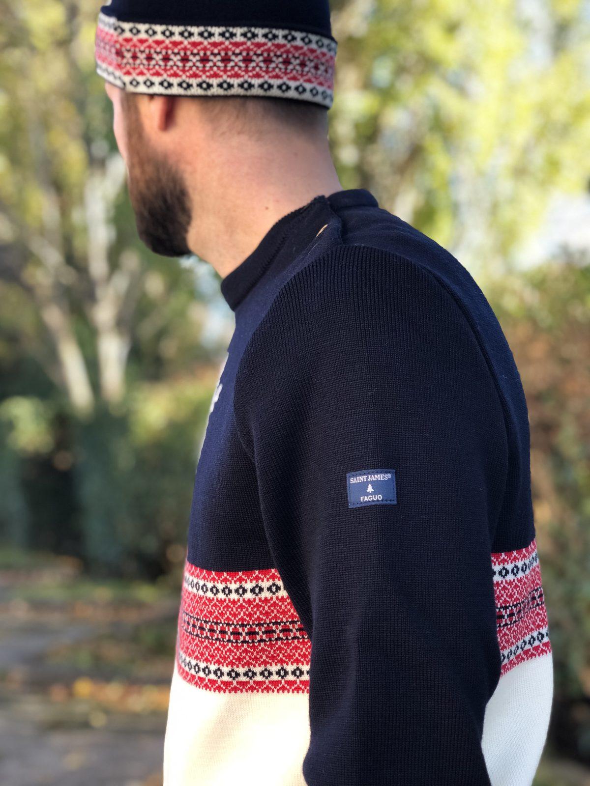6140559b0d Ps : Sachez que le bonnet à pompon et le pull marin sont unisexes et  tricotés en laine peignée, labellisée woolmark, selon une méthode  traditionnelle de ...