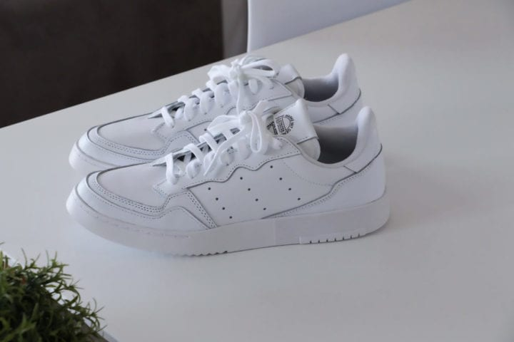 baskets-blanches-pour-homme